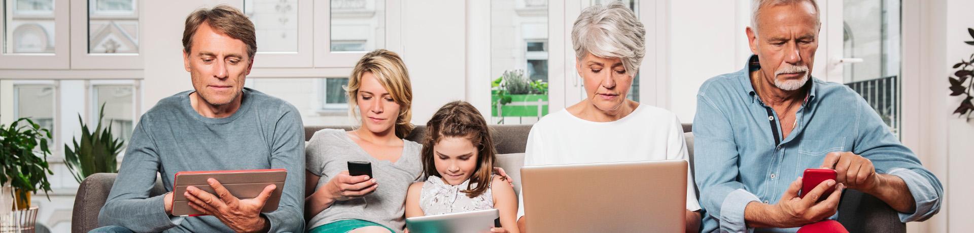 Emotion: Familie - Online - Smartphone - Tablet