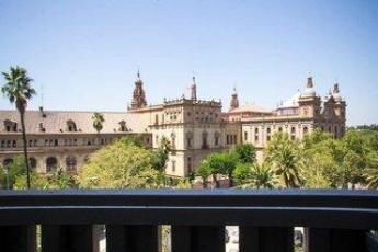 Urlaub sevilla g nstige sevilla reisen und for Hotel pasarela sevilla