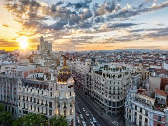 949+Spanien+Madrid+Gran_Via+GI-731843465