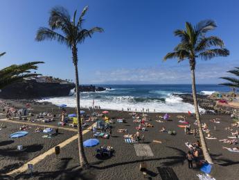 473+Spanien+Teneriffa+Puerto_Santiago+Playa_de_la_Arena+GI-949690700