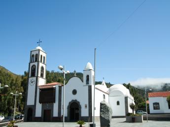 494+Spanien+Teneriffa+Santiago_del_Teide+Kirche_Santiago_de_Compostela+GI-989851632