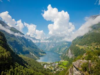 171+Norwegen+Geirangerfjord+GI-996934614