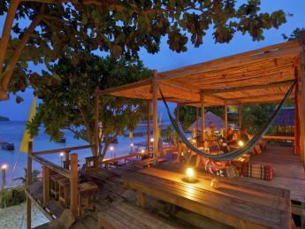6450+Thailand+Insel_Koh_Lipe_(Sunrise_Beach)+GI-117080547