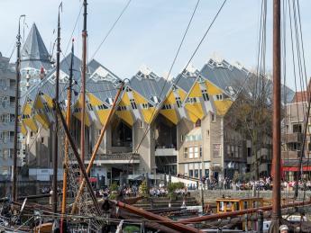 7668+Niederlande+Rotterdam+Kubushäuser+GI-944861284