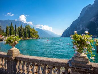 2286+Italien+Gardasee+Riva_Del_Garda+GI-1150121965