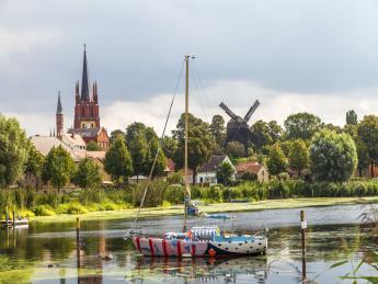 8683+Deutschland+Werder_An_Der_Havel+GI-900233326