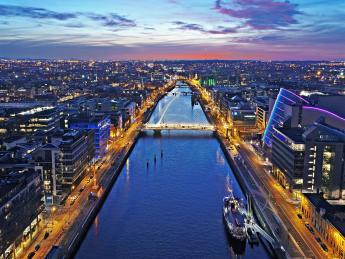 Grand Canal - Dublin bei Nacht