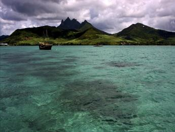 160+Mauritius+TS_175911444