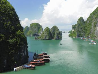 Halong Bay - Ha Long
