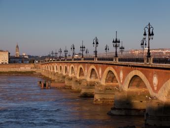 Pont de Pierre, Port de la Lune - Bordeaux
