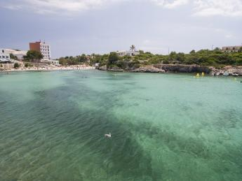 292+Spanien+Menorca+Cala_Santandria+TS_94560696