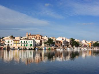 352+Spanien+Mallorca+Portocolom+Hafen+TS_144970275