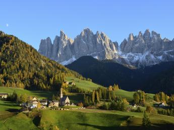 2952+Italien+Südtirol+TS_163264175