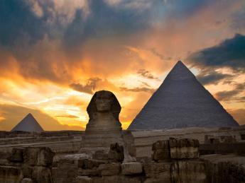 Pyramiden von Gizeh - Gizeh (Giza)