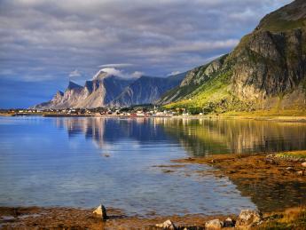 254180+Norwegen+Lofoten+Lofoten+GI-512347328