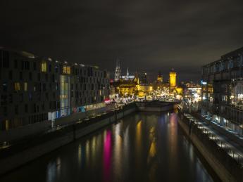 8243+Deutschland+Köln+Rheinauhafen+GI-691049257