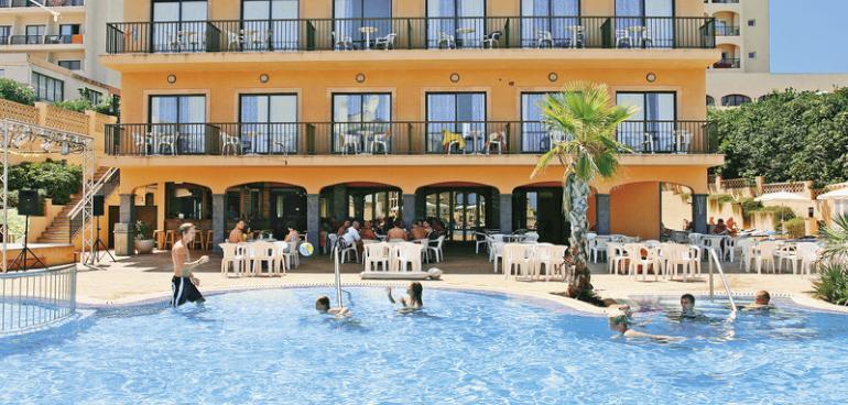 Hotel HSM Regana Hotel in Cala Ratjada (Mallorca) buchen | CHECK24