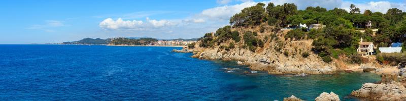 Titelbild Badeurlaub und Sonne satt: 10 strandnahe Hotels an Spaniens Küste