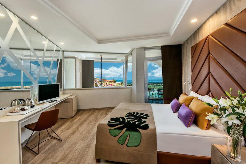 hotel delphin be grand resort in lara buchen check24. Black Bedroom Furniture Sets. Home Design Ideas